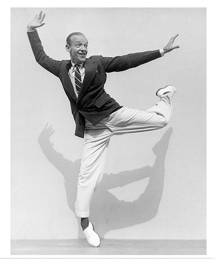 Fred Astaire on his Toes, 1936 © Joan Munkacsi