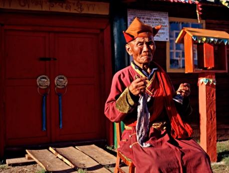 Rendinchinlumps Last Lama, Mongolia, 2001 © Susana Raab