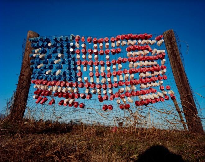 Dixie-Cup Flag, Mississippi, 2009 © Susana Raab